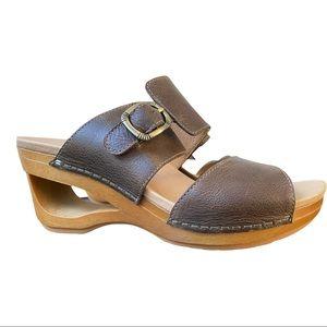 Dansko New Women's Sandal Tawny Brown size 38